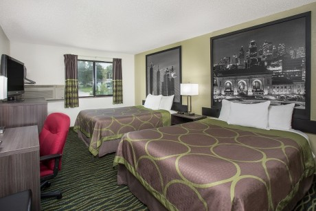 Welcome To Super 8 by Wyndham Independence Kansas City - Double Queen Room