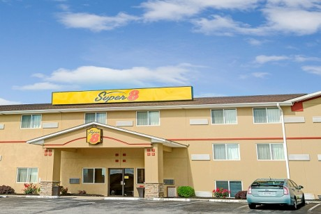 Welcome To Super 8 by Wyndham Independence Kansas City - Welcome To Super 8 by Wyndham Independence Kansas City